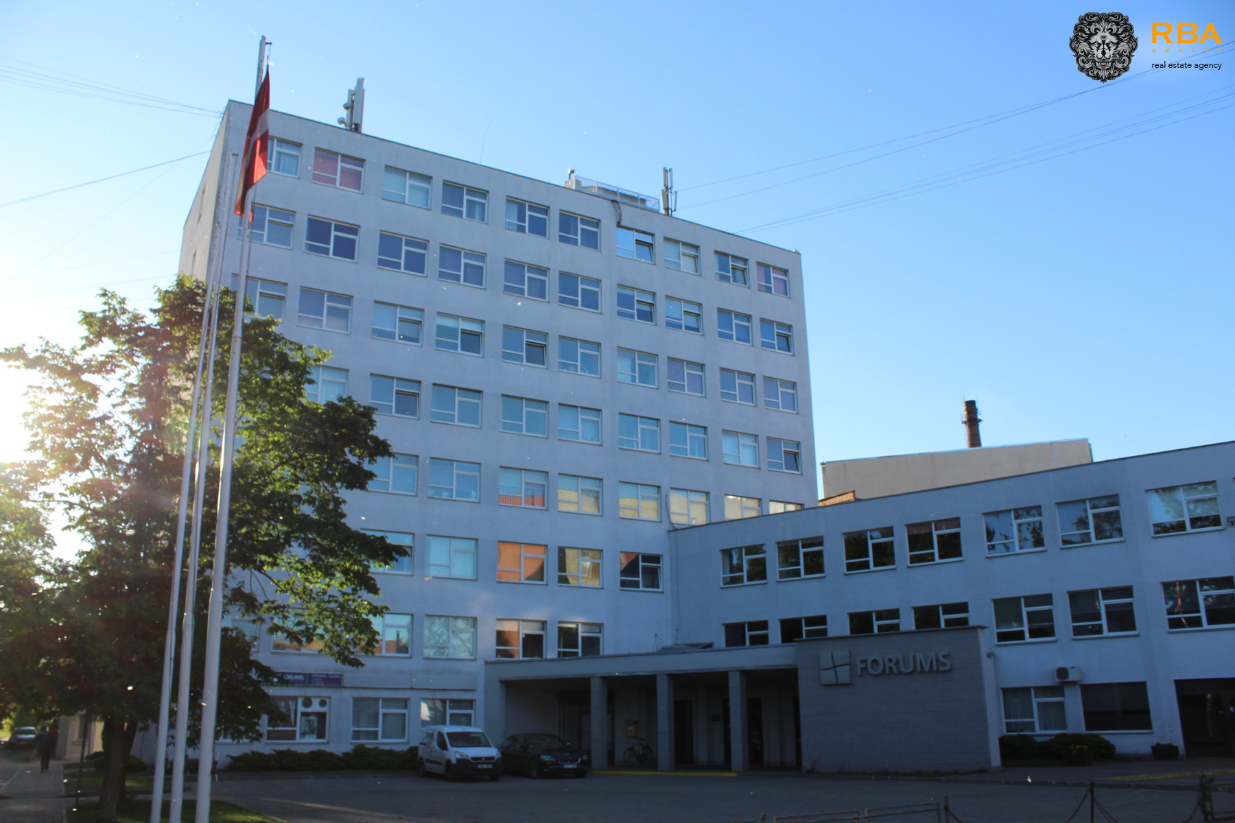 RIGA, ILGUCIEMS, Baltā - 1b